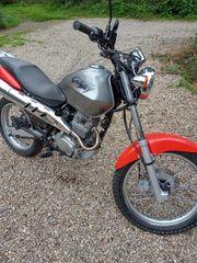 Honda CLR 125 CYTIFLY