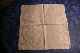 50 Mitteldecken gelb Blumen Decken: Kleinanzeigen aus Obersulm - Rubrik Gastronomie, Ladeneinrichtung
