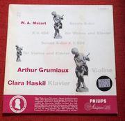 W A Mozart - Arthur Grumiaux
