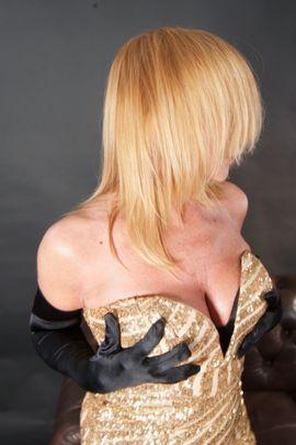 Sex im Massagezentrum sexy blonde lesbische Pornos