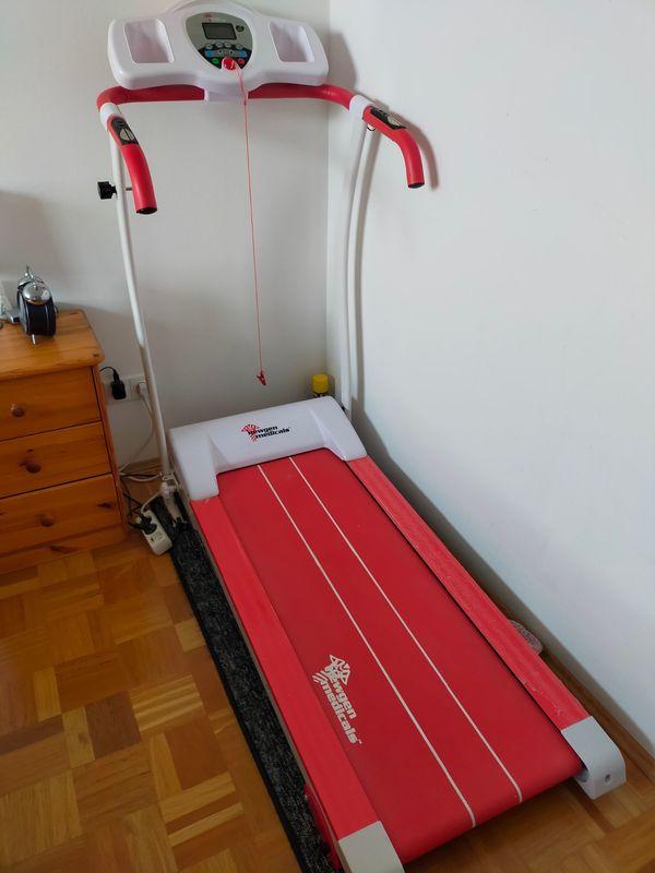 Laufband Newgen Medicals