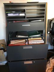 2 Büro-Schränke