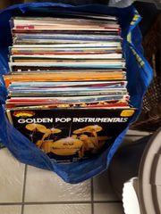 Verkaufe überall 100 Schallplatten