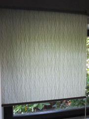 Jalousie Rollo Textil lindgrün weiß