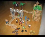Piratenlager aus Holz
