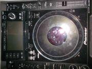 Pioneer CDJ 2000 2 mal
