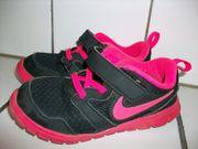 Nike Sport Schuhe Sneaker Gr
