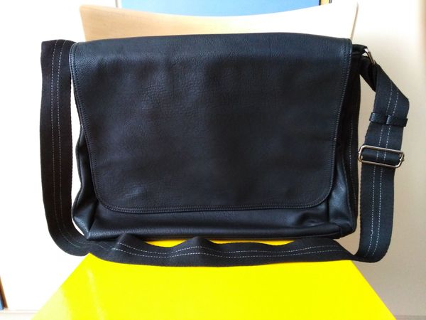 Laptoptasche Tasche Umhängetasche Schwarz Laptop
