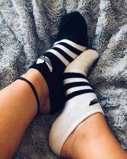 Bilder von Füßen und benutze