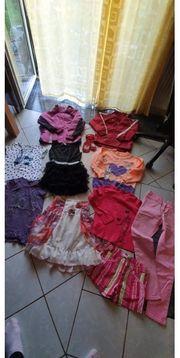 11 teiliges Kleidungspaket in den
