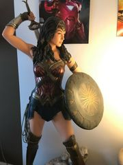 Muckle Oxmox Wonder Woman Lifesiz