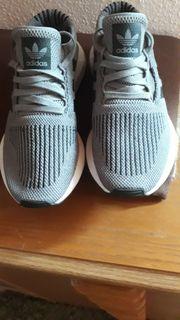 adidas Sport und Freizeit Schuhe