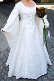 Hochzeitskleid Mittelalterkleid Einzelstück Grösse 38-40
