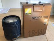 Nikon Nikkor Zoom AF-S DX