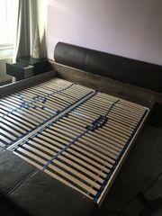 Schönes Doppelbett inkl Lattenrost