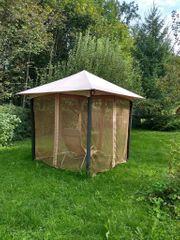 Pavillon mit Insektenschutz