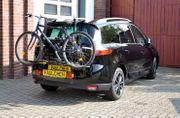 Fahrradträger für Heckklappe und Dachträgersystem