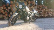 Yamaha xv950 Racer Akrapovic Chopper