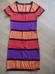 NEU NEU Kleid Strickkleid Laura