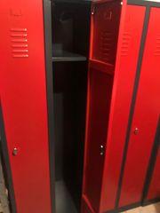 3x Metallspind Schrank Rot