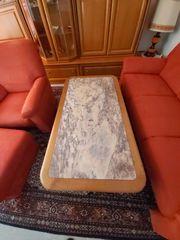 Wohnzimmer und Beistelltisch aus Kirschbaum