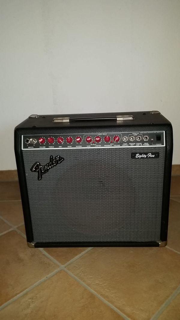 Gitarrenverstärker Fender 85