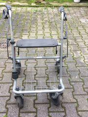 Rollator grau mit Bremsfunktion höhenverstellbar