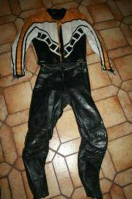 PHIL READ Lederkombi 48 50: Kleinanzeigen aus Forchheim - Rubrik Motorradbekleidung Herren