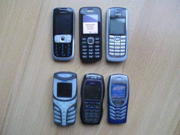 Einfache Nokia Handys in Top