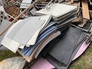 Verschenke viele unbenutzte PVC Kunststoffbodenplatten
