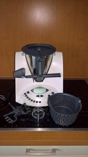 Vorwerk Thermomix TM31 mit Kochbüchern