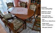 Esszimmer und Stühle