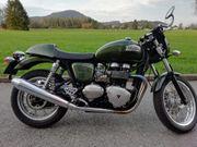 Triumph Thruxton Classic 900