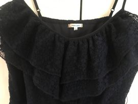 Damenkleidung, Blusen, Tops, Kleider, Hosen, Shorts, Jacken, Gr. M - XL