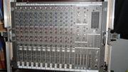 Behringer MX 2642 Mischpult mit