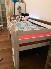 Kinderhochbett inklusive Schrank