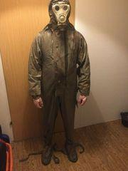 Schutzanzug der chemischen Truppen mit