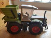Siku Traktoren und Mähdrescher