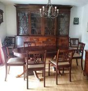alte Englische Möbel Schrank Tisch
