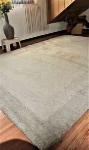 Biete Hochwertigen Berberteppich 2 x