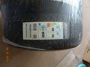 Insgesamt 16 Reifen
