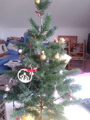 Weihnachtsdeko Baum Kerzen Dosen usw