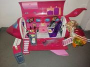 Barbie Flugzeug mit viel Zubehör