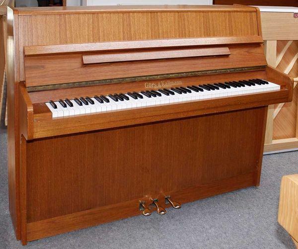 Klavier Görs Kallmann 113 Nußbaum