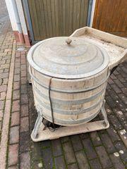 Waschmaschine aus Holz von Miele