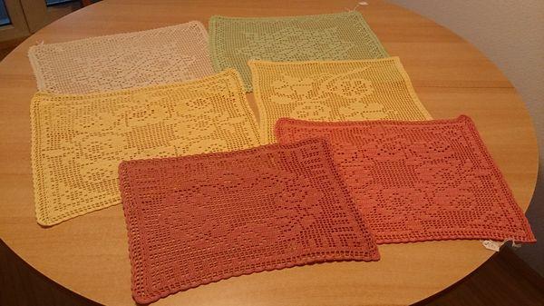 gehäkelte Deckchen - echte Handarbeit
