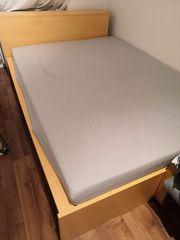 120x200cm Bett mit Lattenrost u
