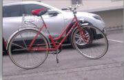 rotes Puch- Fahrrad voll intakt