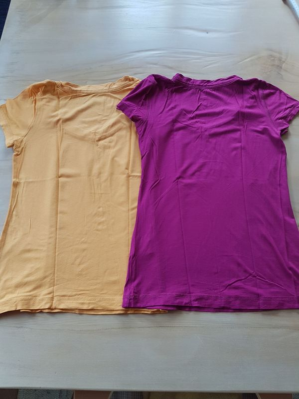 2 T-Shirts Oberteile Shirts Pink