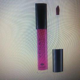Kosmetik und Schönheit - Matte Metallic Lip Cream NEU